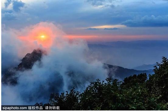 """北京隔壁这座""""北方第一奇山"""",到了冬季竟美成这样!奇幻缥缈如仙境~"""