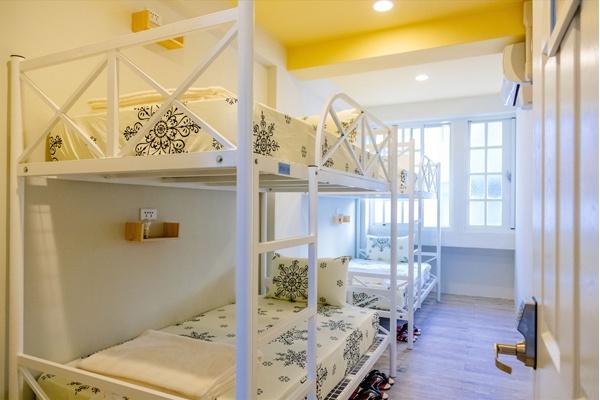 Wada Hostel