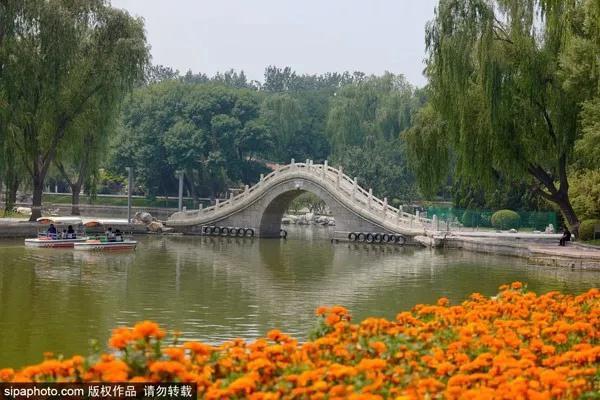 """景色堪比颐和园!京城这座最值得一逛的""""皇家后花园"""",票价只需2元!"""