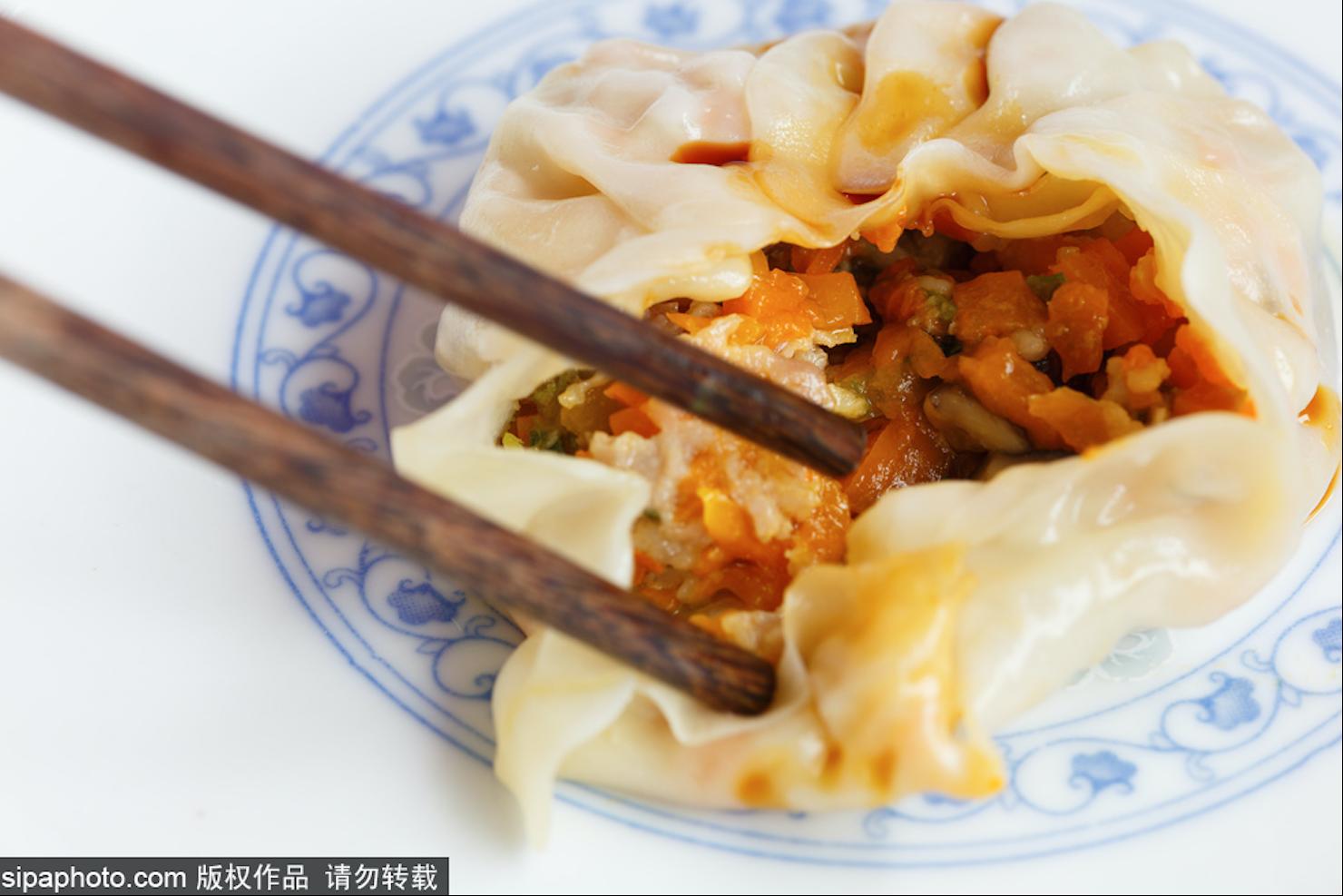 来北京旅游,不吃一顿饺子怎么行?