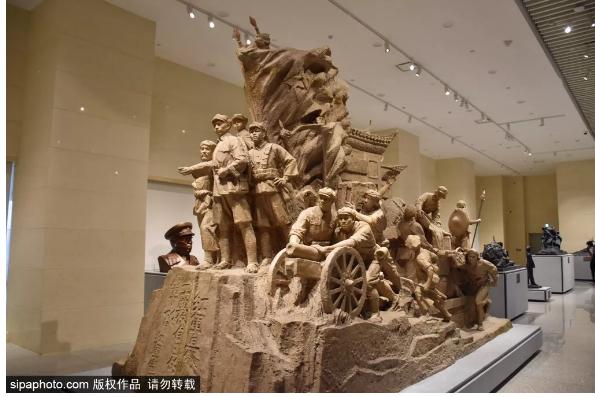 今天就来这儿!红色记忆——馆藏革命军事艺术作品陈列,重温峥嵘岁月