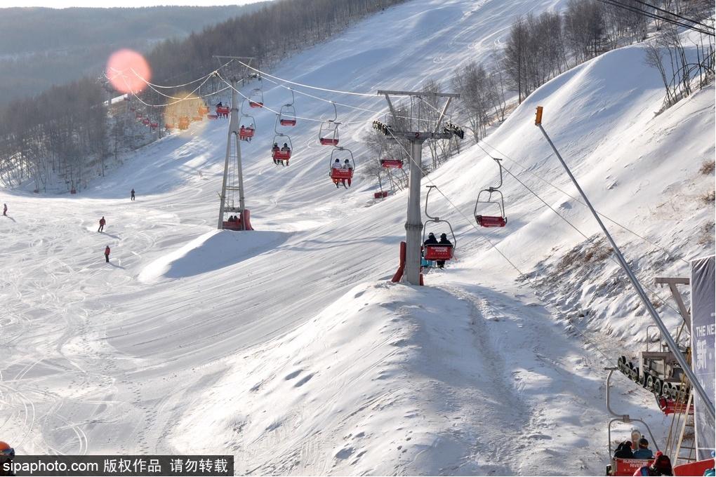 又到滑雪季!河北这些滑雪场等你来撒欢