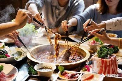 """内蒙古人最爱的涮羊肉 """"快乐小羊""""现身京城"""