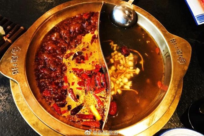 桃园陆加拾:夏天可以吃烤串 冬天可以吃火锅