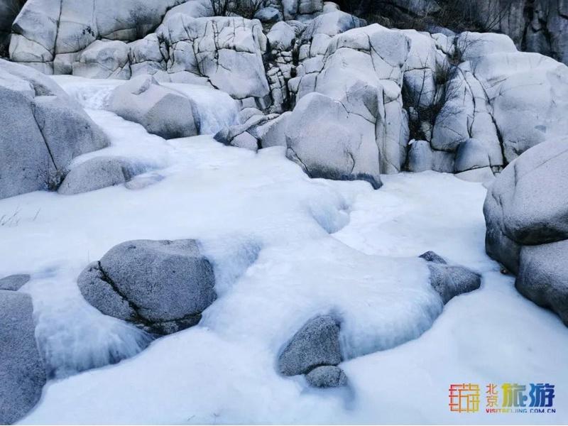 北京最美峽谷穿越,攻略給你備好了!冬日踏冰約起來!戳↓