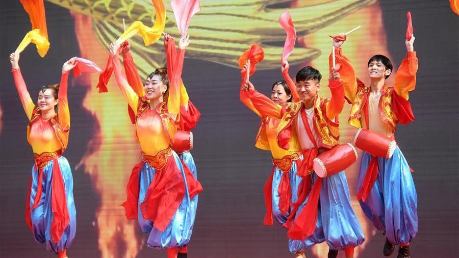 Patriotic activities held in Beijing during National Day holiday