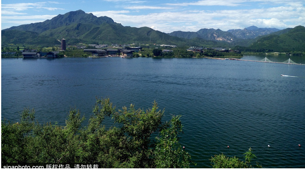 Yanqi Lake ---- A Best Place for Outing in May
