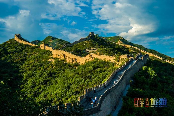 """北京首条旅游客运班线获批 游八达岭能坐""""班车""""了"""