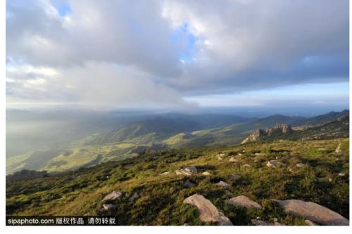 """北京周邊竟然有座18℃的""""冰山""""!景色美到窒息,這個夏天不去可惜了!"""