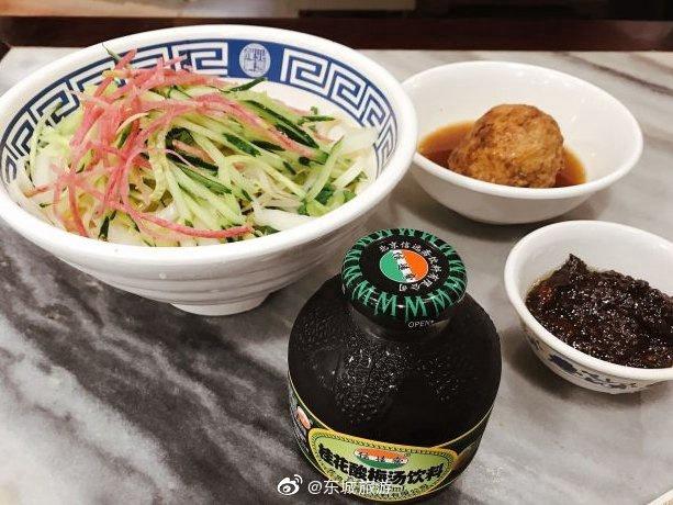 老北京炸酱面大王:面条劲道爽滑、炸酱咸香适口