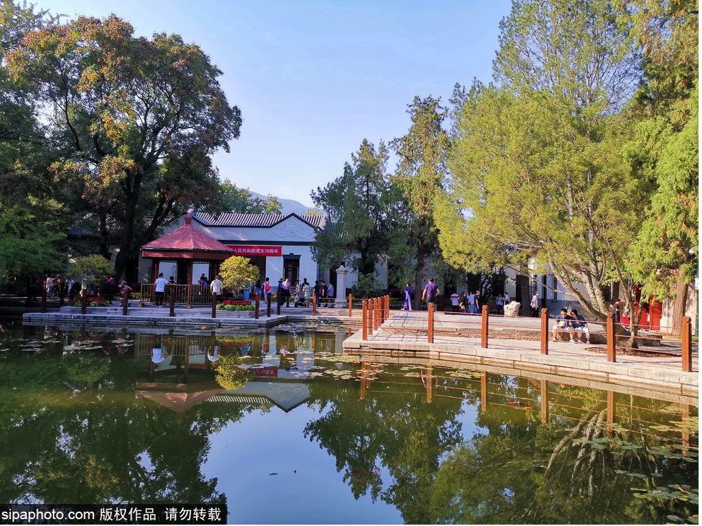 The former site of Xiangshan revolutionary memorial site is fully restored to open