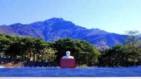 门头沟自驾游:参观毛主席批示纪念广场 感受高山草甸