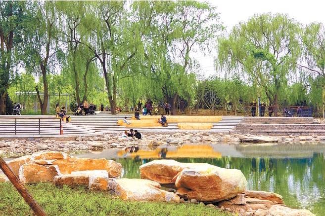 Le parc Huoying ouvre ses portes à des millions d'habitants de la région de Huitian