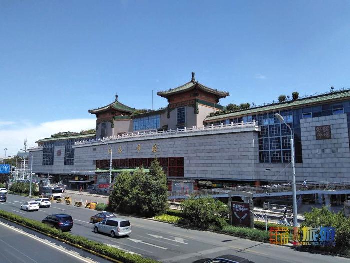 베이징시급 특색소비구 : 훙챠오 시장 红桥市场