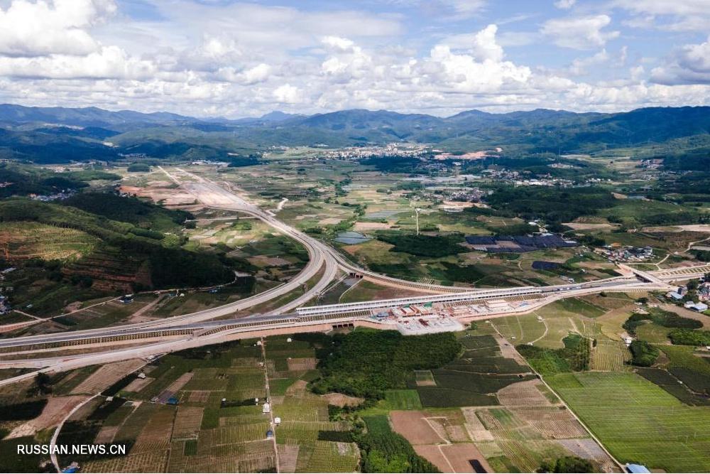 Успешно идет строительство железной дороги Китай-Лаос
