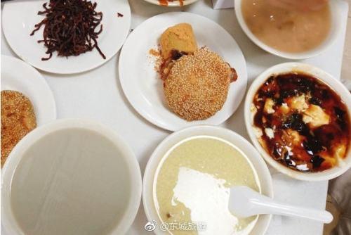 地道北京味儿 老磁器口豆汁特别正宗
