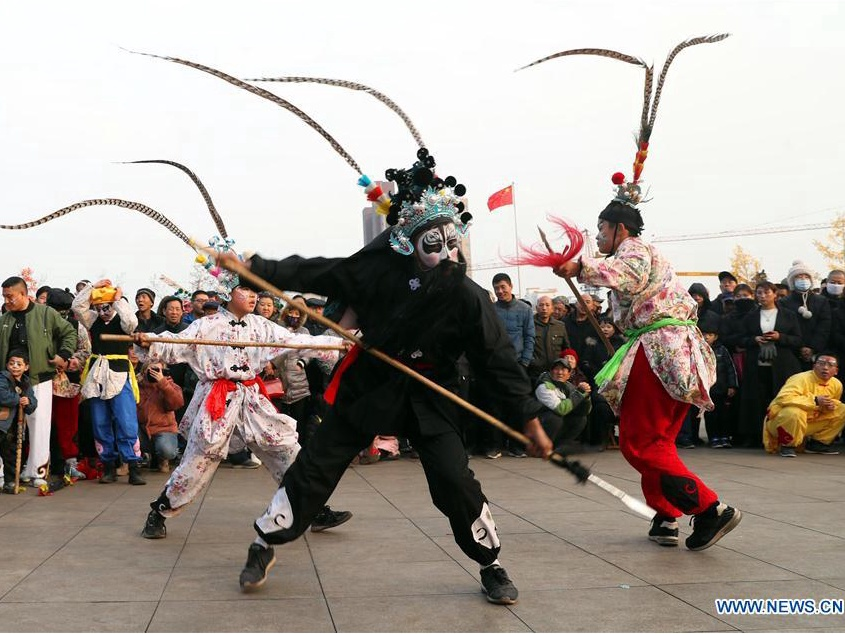Folklore performances presented across China ahead of Lunar New Year
