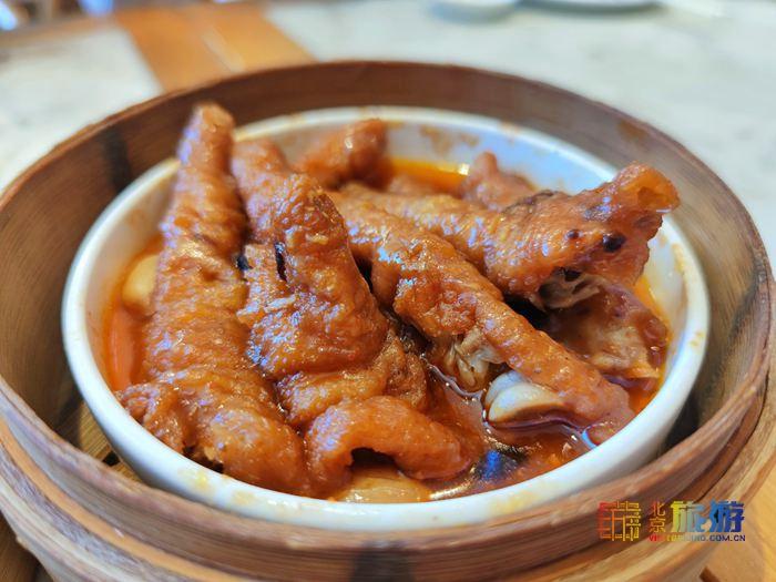 金鼎轩:以经营南北菜及南北特色点心为主 30家分店遍布京城