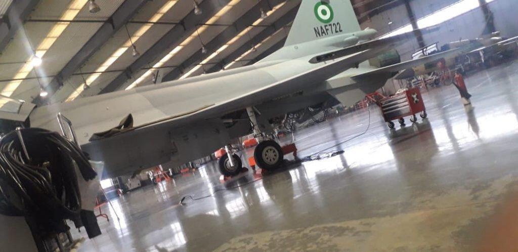巴基斯坦生产的JF-17战斗机上出现尼日利亚空军标志