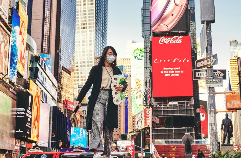 全球累計確診新冠肺炎病例超303萬例。(圖源:美聯社)