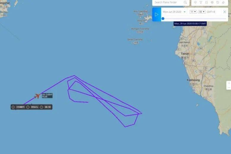 美侦察机出现在台湾西南空域。图源:《自由时报》